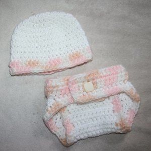 Nwt 0-3 month Diaper Cover and hat set